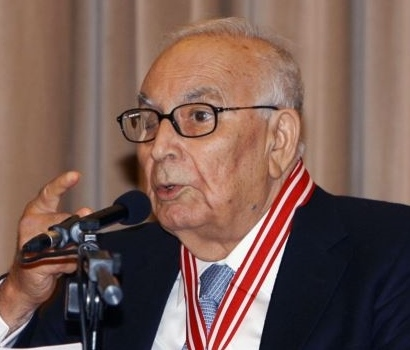 یاشار کمال ، نویسنده ای که کُردی اندیشید ، ترکی نوشت و جهانی شد  / جواد اسحاقیان
