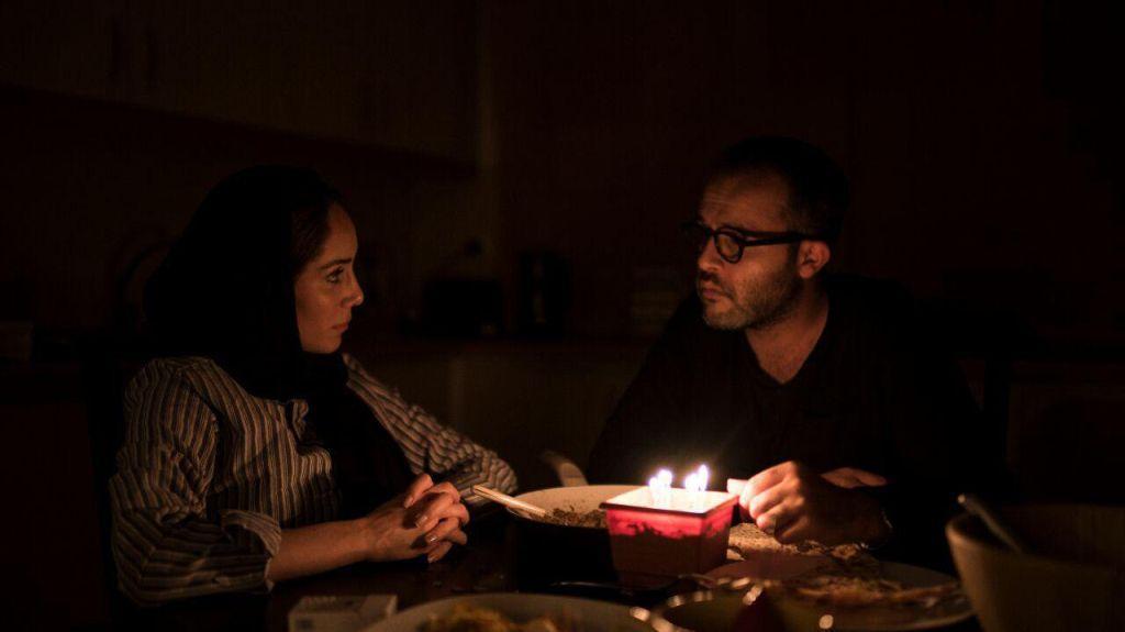 می تواند مرده باشد / گفتگوی اختصاصی حضور با مرجان هاشمی و افروز ضیایی پیرامون فیلم کوتاه می تواند مرده باشد