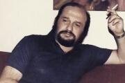 تحلیلی از زندگی هنری و آثار واروژان / علی عظیمی نژادان